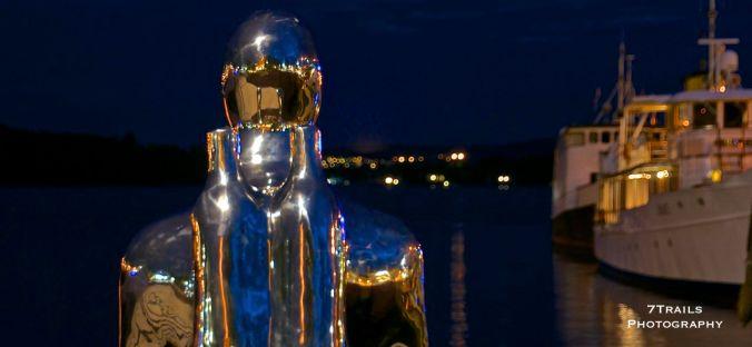 Waterfront Statue (Radhusplassen, Oslo)